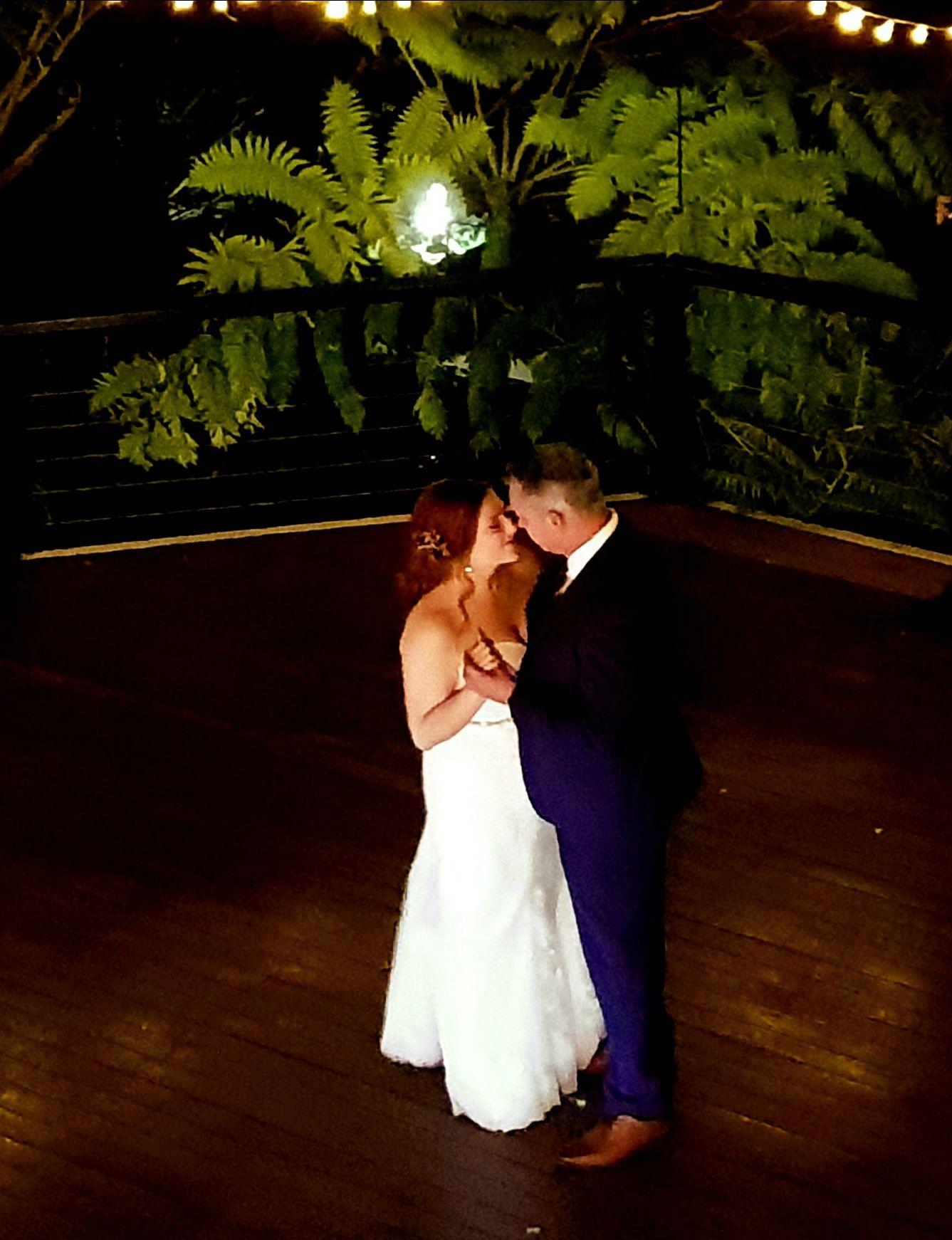 Wedding Dance, Bridal Waltz, Wedding Reception MC, Marriage Celebrant, Sydney Celebrant