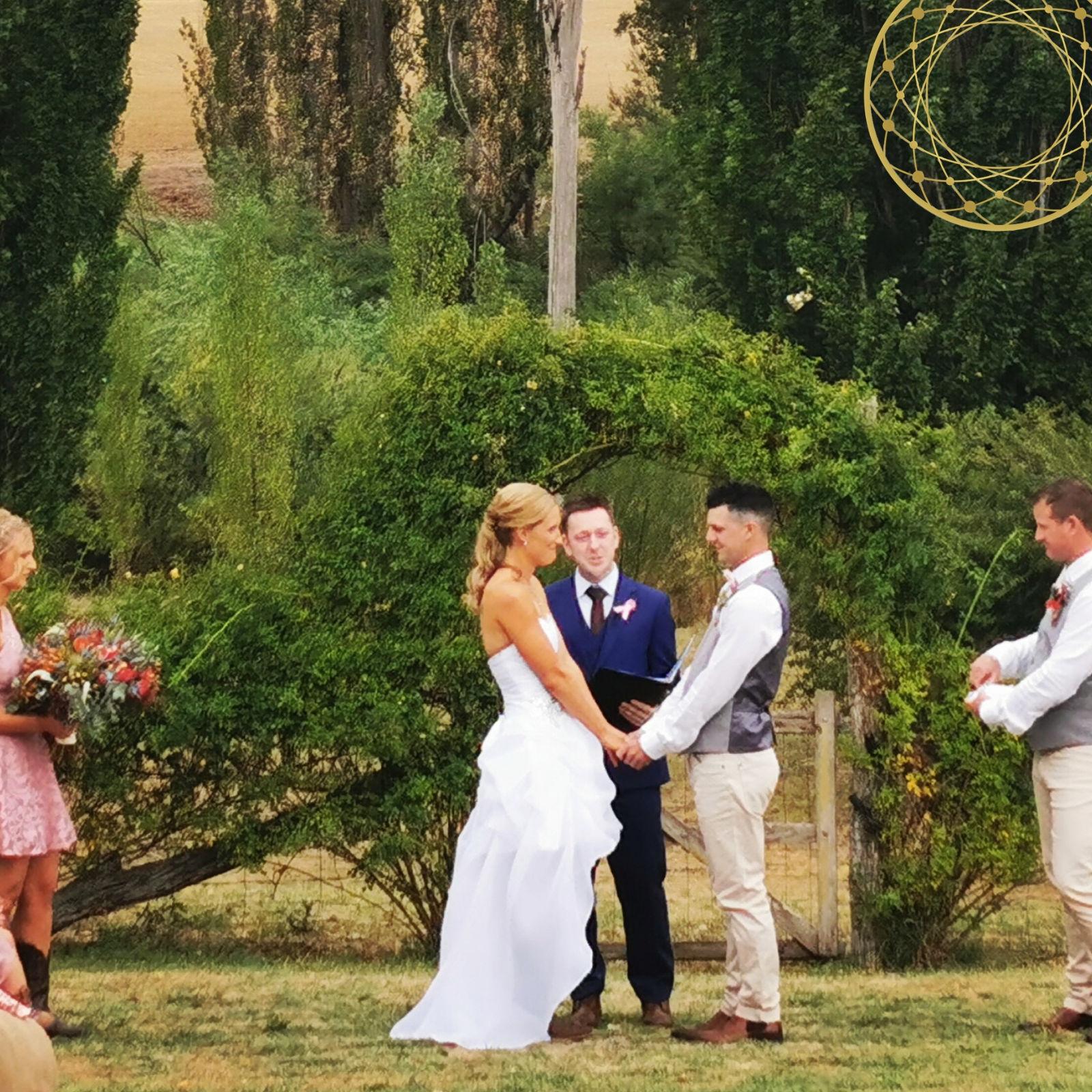 Outdoor Wedding, Rustic Wedding Ceremony, Male Celebrant Sydney, Sydney Celebrant, Fun Ceremony